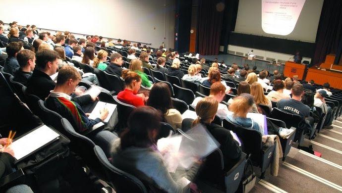 Лекции в Университете Восточной Англии