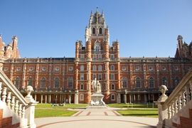 10 tips from Royal Holloway to prospective students of British universities