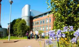 Гарантированное зачисление в вуз для студентов ONCAMPUS UK North
