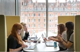 Мини-стажировки и другие карьерные возможности для студентов Royal Holloway, University of London