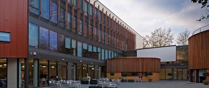 Университет Англия Раскин