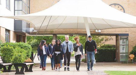 Университет Роэхэмптон студенческая пезиденуция